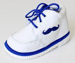 První krůčky Chlapčenské kožené topánočky fúziky - biela / modrý lem, EUR 22