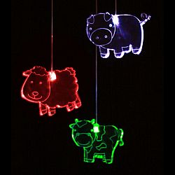 Think Gadgets Závesná svetelná dekorácia Farma