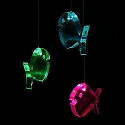 Think Gadgets Závesná svetelná dekorácia Rybička