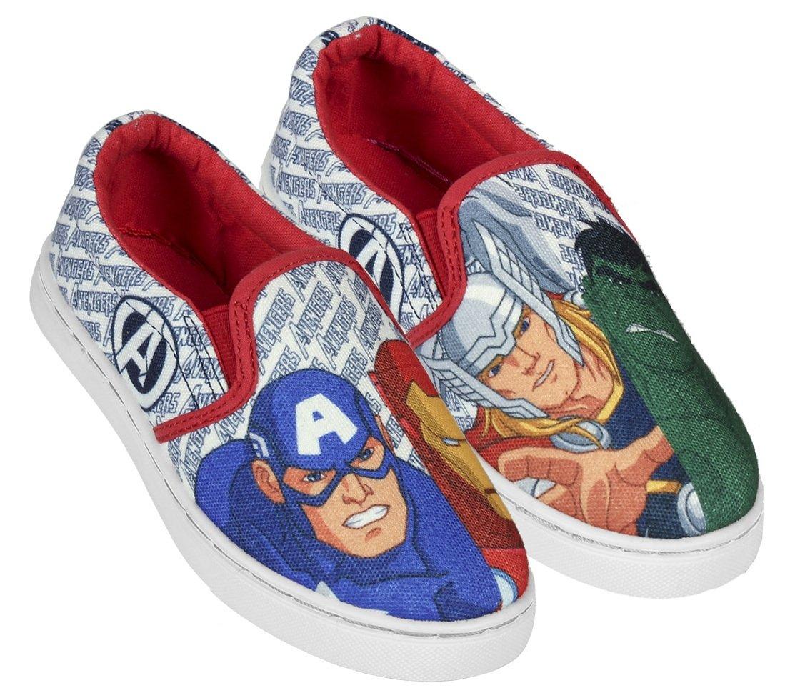 Disney Brand Chlapčenské nazúvacie tenisky Avengers - farebné d8b28584edf