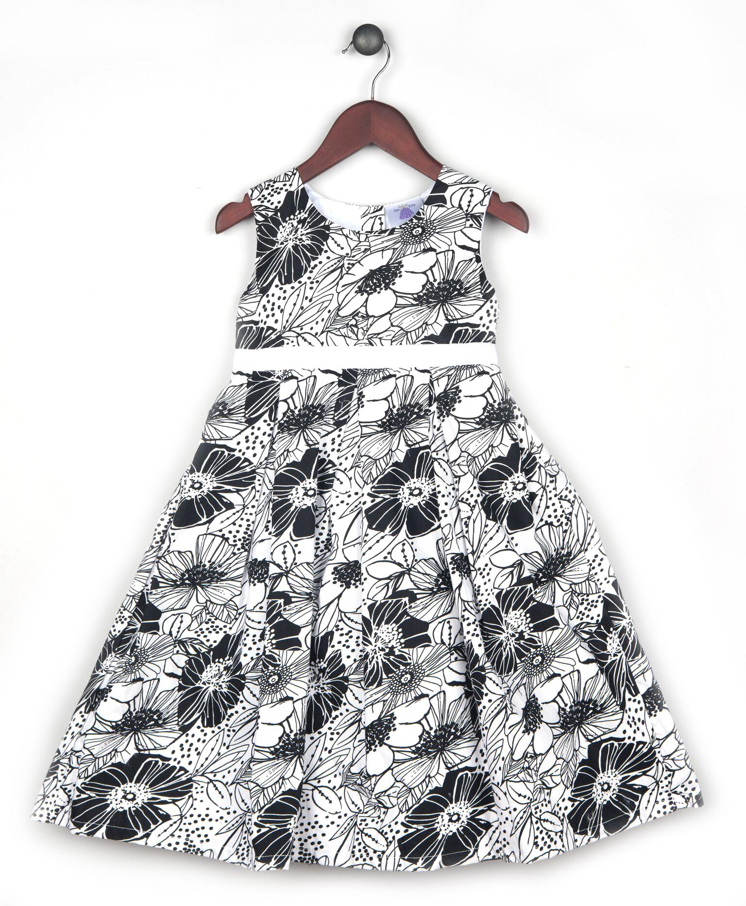 Joe and Ella Fashion Dievčenské šaty Amy - čierno-biele f73f045ee49